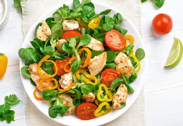 Selon un récent sondage, le Canada devrait avoir comme priorité d'assurer l'accès à une alimentation saine à tous ses citoyens. Photo : Shutterstock.com