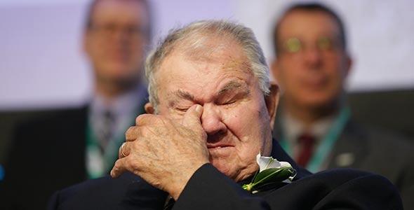 La cérémonie a été un moment empreint d'émotion, notamment pour Denis Boyer, le patriarche de la famille. Photo : Pascal Ratthé