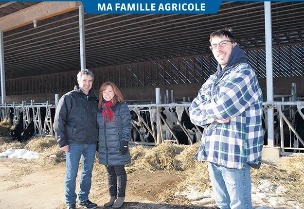 Gérald Masson et Guylaine Ayotte sont en train de passer les cordeaux de leur exploitation à leur fils Marc-Antoine. Photos: Pierre Saint-Yves