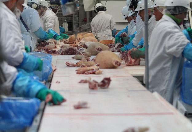Le nombre de cas de COVID-19 à l'usine d'abattage et de découpe de Yamachiche s'élève maintenant à neuf. Crédit photo : Archives/TCN