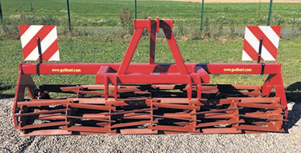 Le Rouleau Crop du fabricant français Guilbart. Photo : Gracieuseté de Guilbart Constructeur