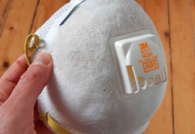 L'entreprise ramassera notamment les fameux masques N95. Photo : Johanna Pellus / TCN