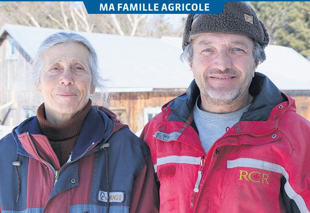 Andrée Bastille et Dominique Gamache exploitent 2500 érables à Sainte-Perpétue, dans la Chaudière-Appalaches. Photo : Maurice Gagnon