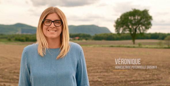 C'est Véronique, une candidate écartée de la saison 8, qui a réussi à faire battre le cœur de Hugues.