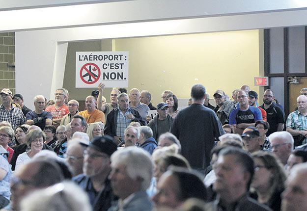 Le projet d'un aérodrome à Saint-Roch-de-l'Achigan dans Lanaudière a rencontré une forte opposition parmi la population et chez les élus locaux. Photo : Archives / TCN
