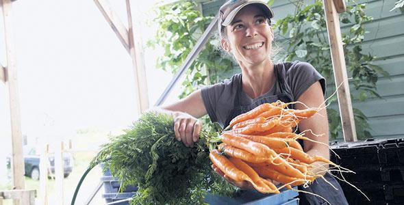 La présidente de la CAPÉ, Caroline Poirier, se réjouit que l'intérêt pour l'autonomie alimentaire ait placé le RFF à l'avant-scène.