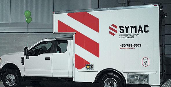 Parallèlement aux ateliers, le Groupe Symac a profité de la journée pour dévoiler sa toute dernière unité mobile de service d'entretiens à domicile. L'unité mobile est équipée d'un réservoir d'huile de 500 litres, d'une unité génératrice, d'un compresseur, de même que des instruments de soudure, un bloc d'alimentation (booster pack) et des batteries.