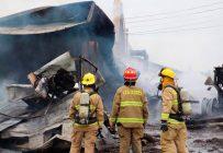 Une quarantaine de pompiers ont combattu les flammes pendant quatre heures à Les Cèdre en Montérégie. Facebook de Gaétan Préjean – Unité communautaire de mesures d'urgence