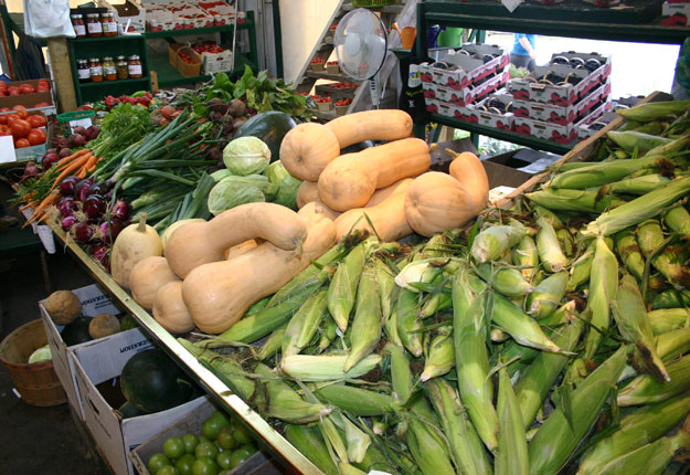 L'autonomie alimentaire du Québec sera au cœur d'une grande consultation auprès des consommateurs et des producteurs, menée cet automne par l'Union des producteurs agricoles et l'Institut du Nouveau Monde. Photo : Archives/TCN
