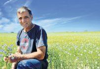 Jean Côté, agriculteur de Sainte-Luce et président de la nouvelle coopérative Innolin. Photo : Archives / TCN