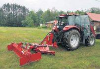 Les producteurs agricoles qui utilisent la Smart Surface Tools Dozz-R le font tout aussi bien pour entretenir leurs chemins que pour abattre du travail plus robuste comme le défrichage d'une terre abandonnée. Photo : Gracieuseté Les Équipement Wil-Be