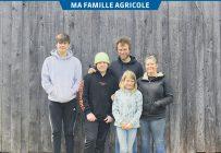 Les propriétaires de la Ferme d'Achille, Samuel St-Germain et Carolyne Julien, entourés de leur fille Marion (9 ans) et de leurs fils Éliot (14 ans) et Isaac (13 ans). Photo : Emilie Nault-Simard
