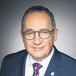 Yves Perron