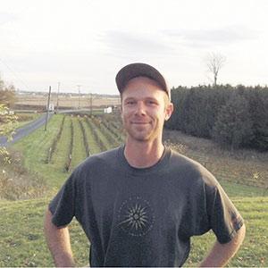 Avec 10000 vignes, Jean-François Chaussé est l'un des plus importants producteurs de raisins de table du Québec.
