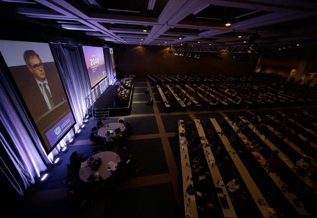 Cette année, la pandémie oblige les 323 délégués à se réunir virtuellement au lieu de se rencontrer, comme à leur habitude, au Centre des Congrès de Québec. Crédit : Archives/TCN