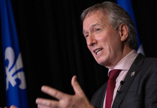 Jusqu'à 70% des sommes seront versées à l'avance, a indiqué le ministre de l'Agriculture du Québec, André Lamontagne. Photo : Émilie Nadeau/Assemblée nationale