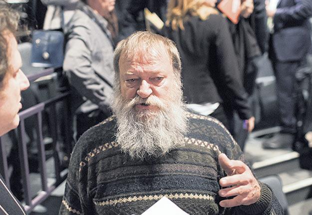André Mousseau a rédigé une lettre dénonçant la demande de dézonage à laquelle participent les propriétaires d'Exceldor. Photo : Archives/TCN