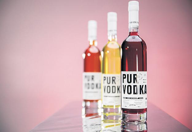 Le distillateur Pur Vodka prévoit déjà ajouter d'autres produits à sa série Autographe, qui met en valeur des agriculteurs québécois. Photo : Gracieuseté de Pur Vodka