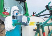 Des pays comme la France reconnaissent depuis plusieurs années la maladie de Parkinson chez les agriculteurs comme une maladie professionnelle liée à l'exposition aux pesticides. Photo : Archives / TCN