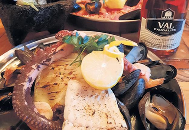 Parmi les 25 accords proposés, le menu du restaurant La Bodega met en valeur le cidre de Val Caudalies. Photo : Gracieuseté du Mondial des cidres