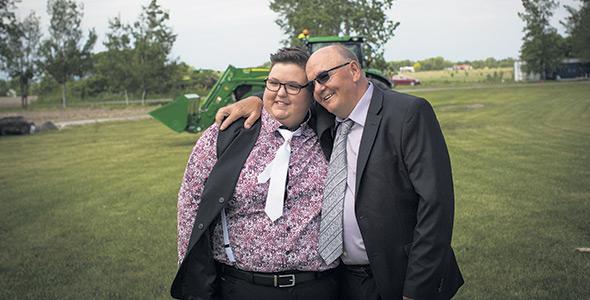 Roxanne vouait une grande admiration à son père Jean-Guy Sorel, un agriculteur talentueux et passionné. Photo : Gracieuseté de la famille Sorel-Raymond