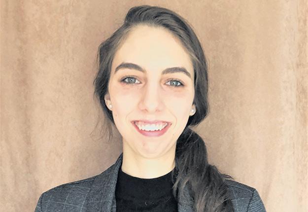 Myriam Landry vient de terminer un baccalauréat en agronomie et poursuit ses études à la maîtrise. Photo : Gracieuseté de Myriam Landry