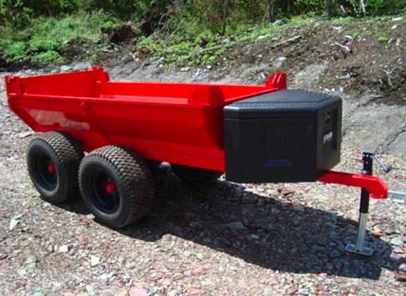 Remorque V 407 - La remorque de la Série V 407 des Équipements Woody vient avec quatre pneus de 23 pouces et six plis.