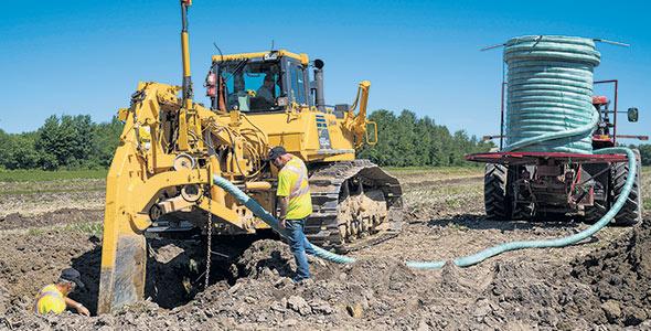 Le drainage souterrain fait aussi partie des mesures pouvant favoriser la saine structure d'un sol et permettant un meilleur développement du système racinaire.