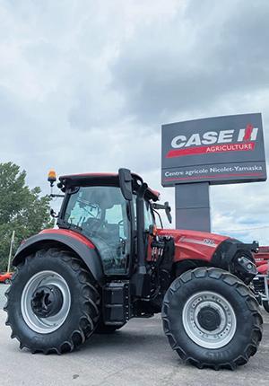 Le Centre Agricole est le plus grand concessionnaire  CASE IH dans l'Est du Canada, offrant plus de  160 000 pieds carrés de surface étendus sur  huit concessions, aux quatre coins du Québec. Photo : Gracieuseté Centre Agricole Nicolet-Yamaska